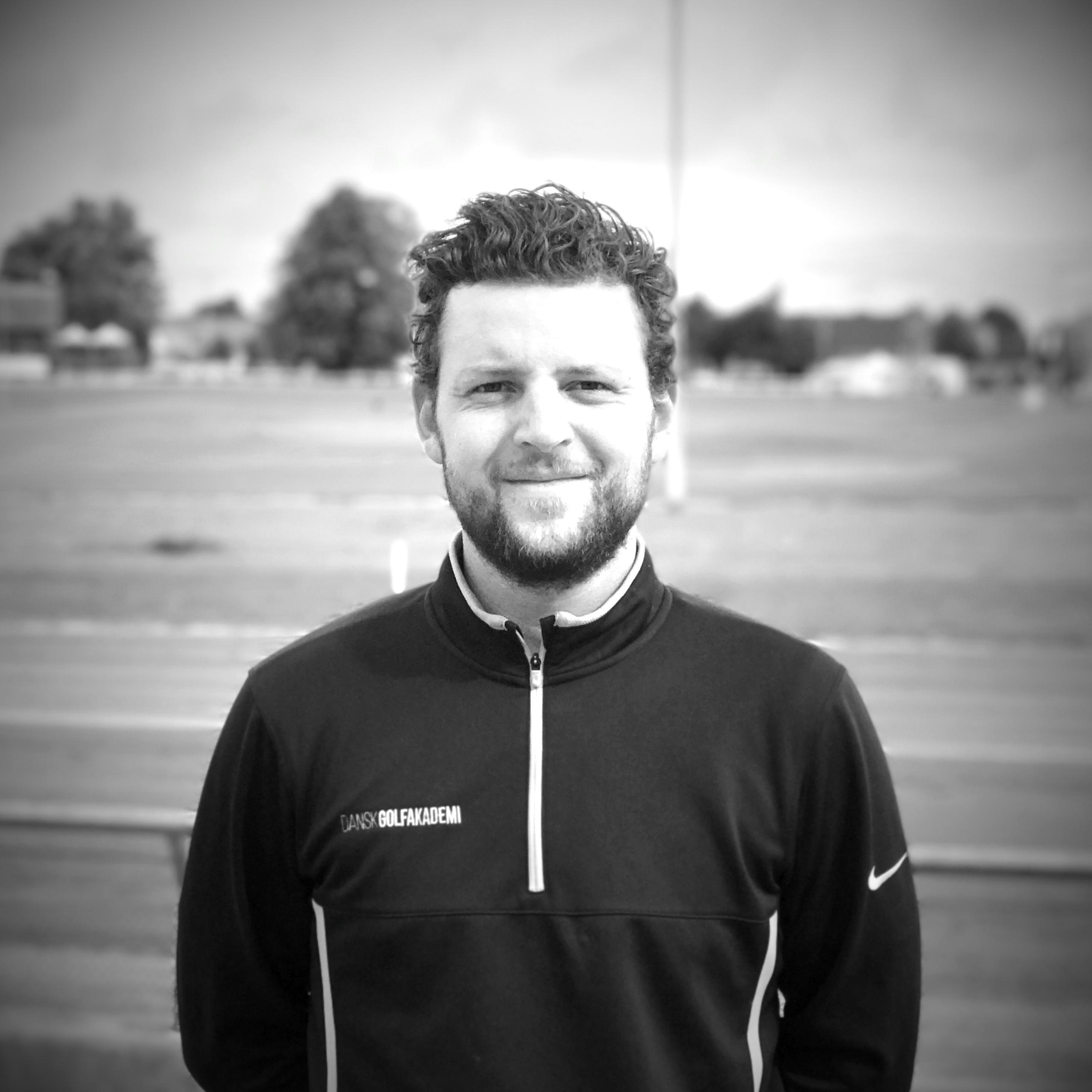 Nicolas Riiber - Golftræner i Indoor Golf